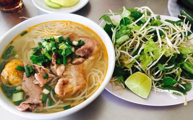TOP 10 địa chỉ QUÁN CÓ MÓN HUẾ NGON mới nổi ở Quảng Ngãi – VIỆT NAM