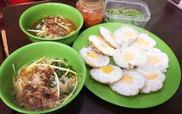 TOP 10 Địa điểm Ăn vặt/vỉa hè tại Lâm Đồng mới nổi không thể bỏ qua