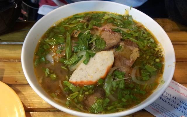 TOP 10 Địa điểm Ăn uống phong cách Món Miền Trung tại TP. HCM mới nổi không thể bỏ qua